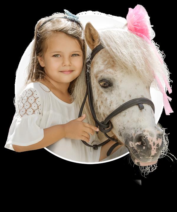 Fetița și poneiul